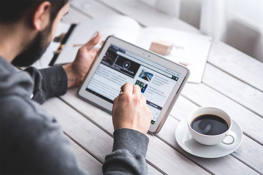 réalité Google entre article de blog et page de service